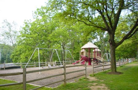 Recreation Facilities - Tot Lot